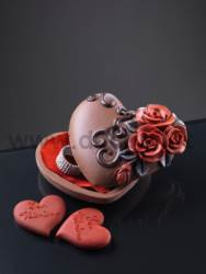 Heart case with Roses Mould
