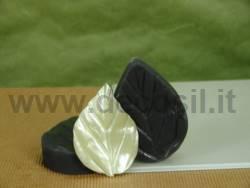 Leaf L mold